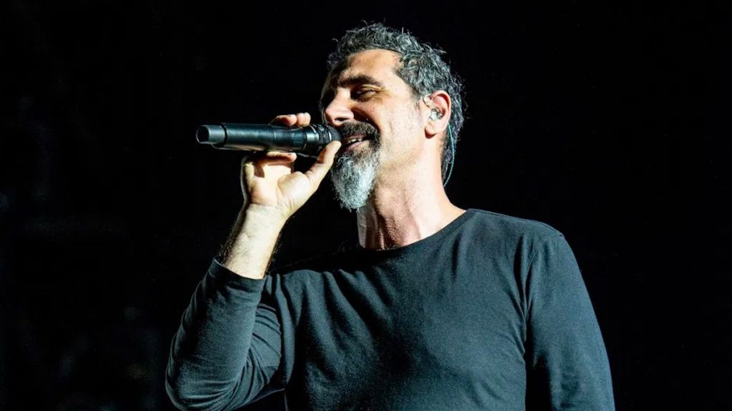 System-of-a-Down-Serj-Tankian.jpg