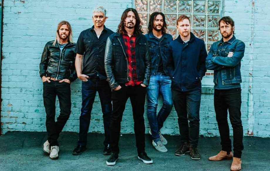 foo_fighters_2017-920x584.jpg
