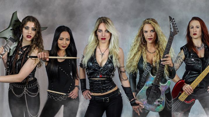 BURNING-WITCHES-2019-new-vocalist-band-photo-715x400.jpg