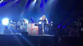 Evanescence - Never Go Back (Ozzfest Japan 2015)