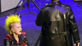 Marilyn Manson & Cyndi Lauper - The Beautiful People (Live in LA 2019)