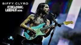 BIFFY CLYRO Live At Reading & Leeds Festival 2016