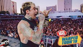 Falling In Reverse - Losing My Life @ Warped Tour 2018 LIVE