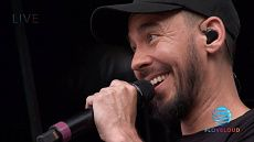 Mike Shinoda - Live at LoveLoud 2018 (ft. Dave 'Phoenix' Farrell)